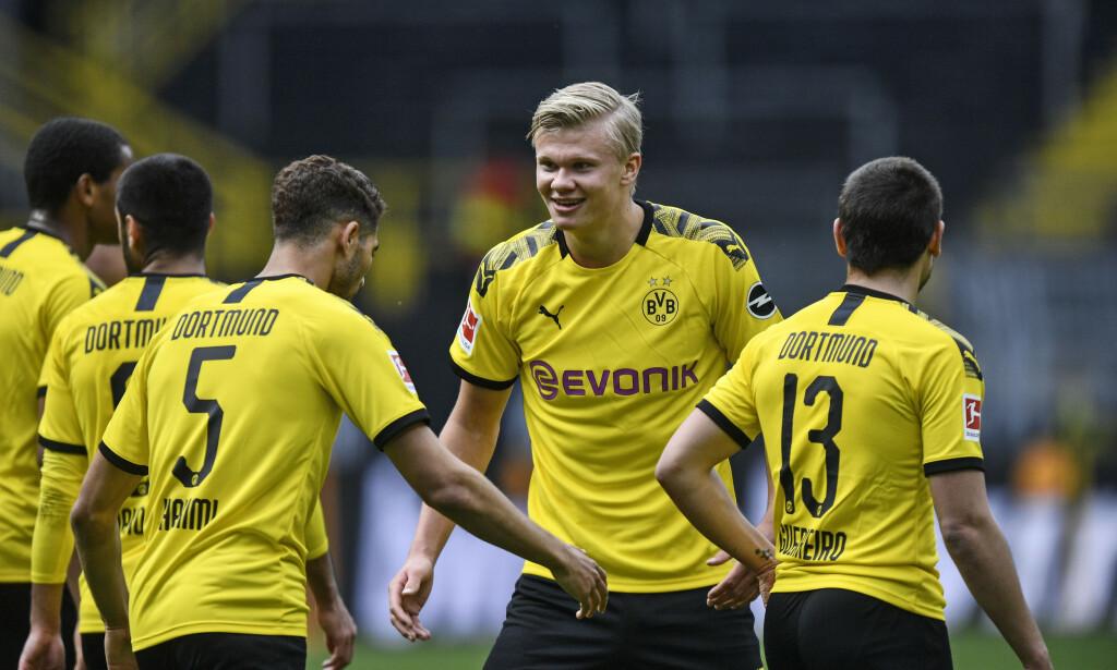 FORVENTNINGER: Erling Braut Haaland har levert sakene i Borussia Dortmund. Slikt blir det forventninger av. Foto: AP Photo/Martin Meissner