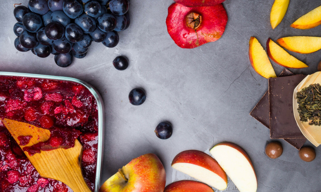 MATVARER: Det finnes ingen kurativ behandling mot demens, men forskerne mener at enkelte næringsstoffer trolig kan virke forebyggende. FOTO: Shutterstock / NTB Scanpix.