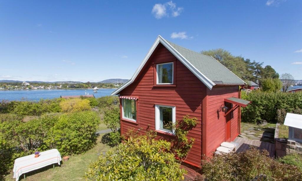 LOCATION, LOCATION, LOCATION: Hytta ble til slutt solgt for 5 150 000 kroner. Foto: Tor Lie