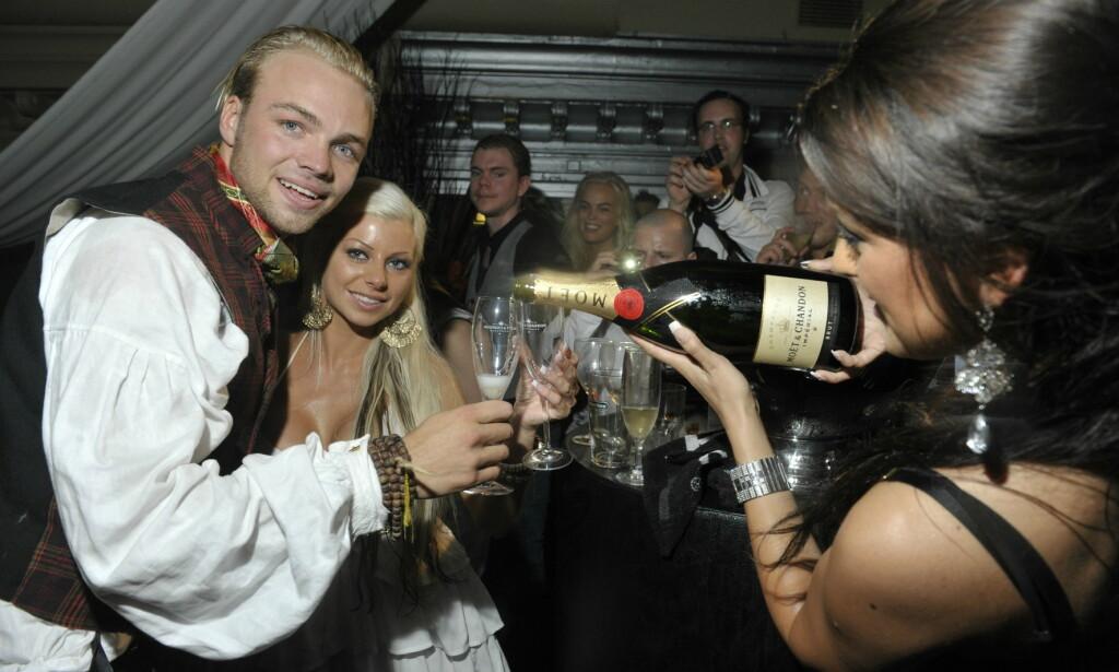 FULL FEST: Da Carl Eliassen og Tine Helene Valle stakk av med seieren, ble det feiret med en skikkelig fest. Foto: John T. Pedersen / Dagbladet