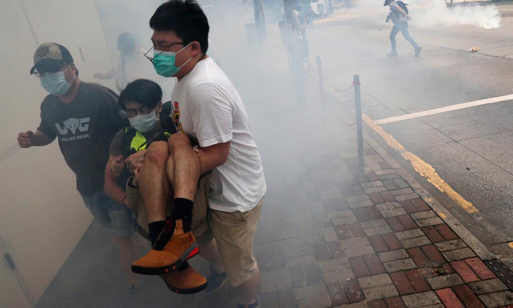 TAP FOR YTRINGSFRIHETEN OG RETTSSIKKERHETEN: Demonstrantene i Hongkong fortjener all støtte. Foto: Scanpix / REUTERS / Tyrone Siu