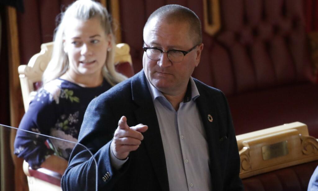 TUNG DAG: Geir Jørgen Bekkevold (KrF) sier han er trist etter at KrF har tapt slaget om bioteknologiloven:  Foto: Bjørn Langsem / Dagbladet