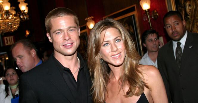 Mandatory Credit: Photo by Sara Jaye/REX (452237f) Brad Pitt and Jennifer Aniston 'TROY' FILM PREMIERE, NEW YORK, AMERICA - 10 MAY 2004