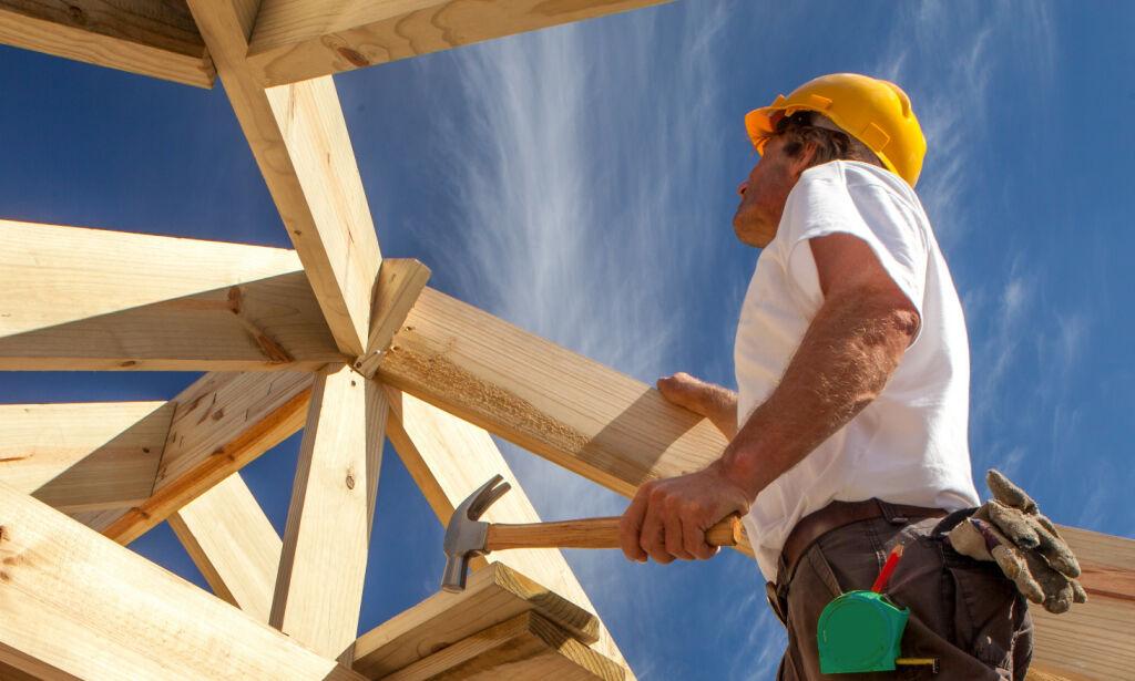 image: Byggmakker-topp slår kraftig alarm