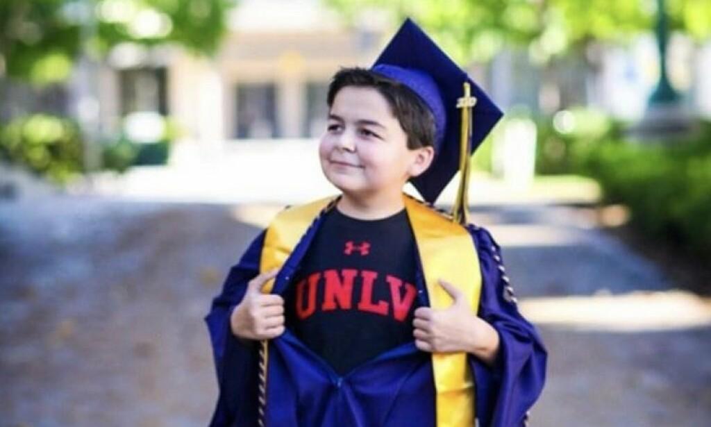 KUNNSKAPSSØKENDE: Han har alltid vært interessert i å lære. Foto: Sara Ancich Photography