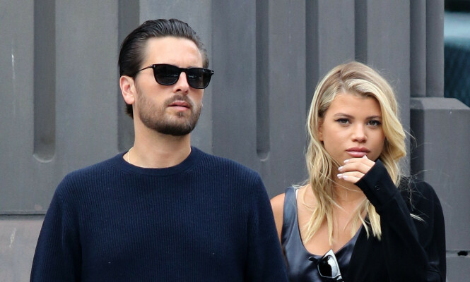Sofia Richie and Scott Disick are all smiles while holding hands and doing some shopping around Manhattan's Soho area.  Pictured: Sofia Richie and Scott Disick Ref: SPL5114193 080919 NON-EXCLUSIVE Picture by: Joker / SplashNews.com  Splash News and Pictures Los Angeles: 310-821-2666 New York: 212-619-2666 London: 0207 644 7656 Milan: +39 02 56567623 photodesk@splashnews.com  World Rights,