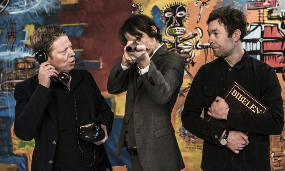 TILBAKE: Per Steinar Lie (f.v.), Pål Jackman og Ørjan Haaland utgjør Undergrünnen, et band du ikke finner maken til. Foto: Edgar Bachel