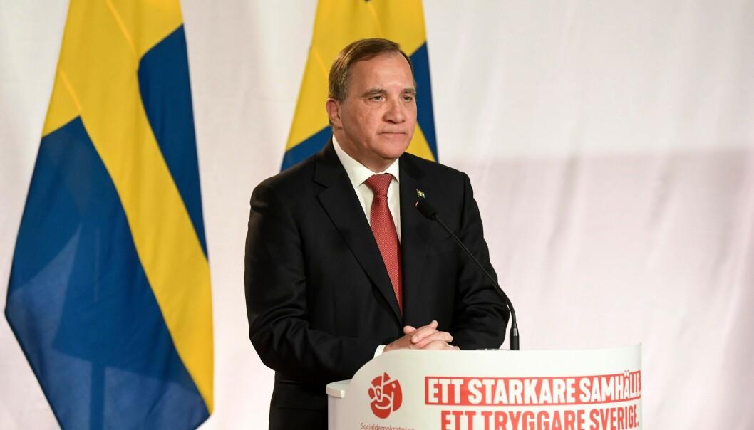BEKYMRET: Sveriges statsminister, Stefan Löfven, er bekymret for landets coronasituasjon. Foto: Fredrik Sandberg / TT News Agency / AFP / NTB Scanpix