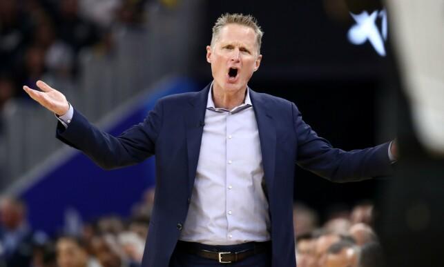 RASER: Golden State Warriors-trener Steve Kerr reagerer kraftig på dødsfallet. Foto: NTB scanpix