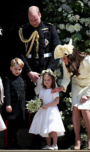 STILTE OPP: Både prins George og prinsesse Charlotte medvirket i bryllupet til Harry og Meghan. Prins William var brorens forlover. Foto: NTB Scanpix