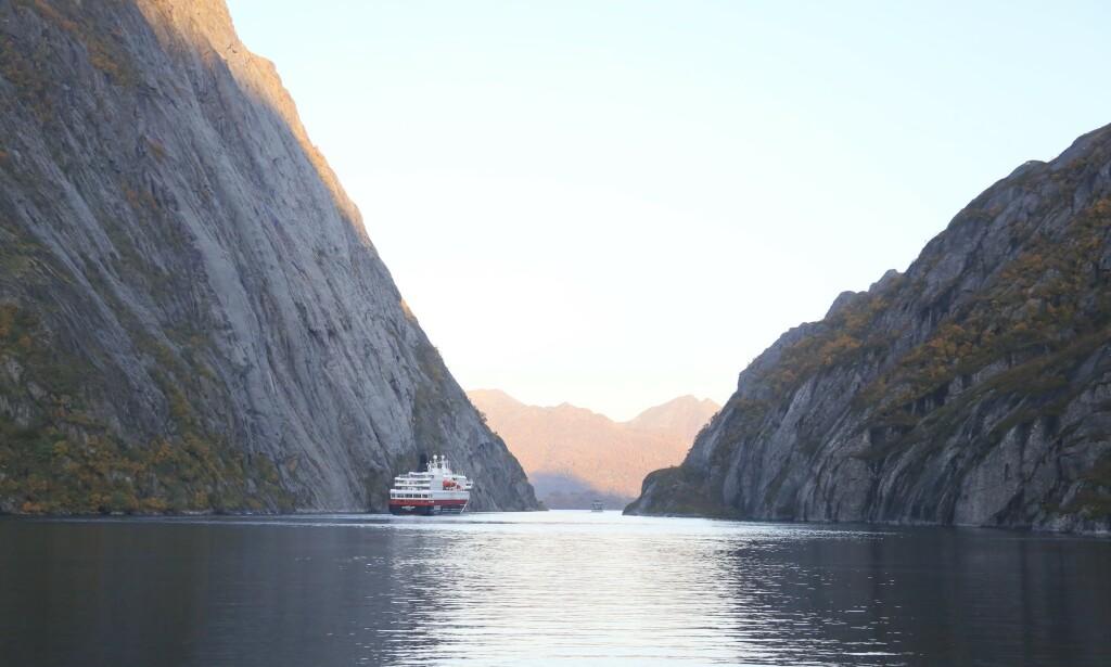 I trollenes rike: Trollfjord er et populært sted å besøke for både Hurtigruten og el-båtene. Foto: Odd Roar Lange/TheTravel inspector