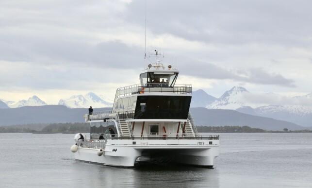 På fjorden: MS Bard skal seile på Romsdalsfjorden hele neste sommer. I år venter Lofoten. Foto: Odd Roar Lange/The Travel Inspector