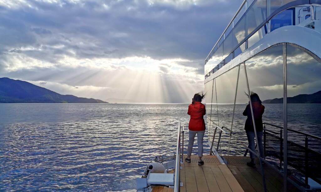 Naturligvis: Værskiftene på Vestlandet kan gi flotte opplevelser, helt enkelt. Foto: Odd Roar Lange/The Travel Inspector