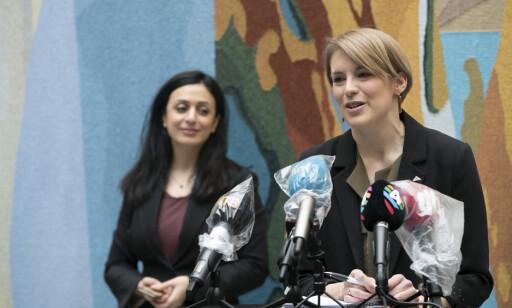 SKUFFET: SVs Kari Elisabeth Kaski og Aps Hadia Tajik er skuffet over manglende støtte til utbyttebegrensninger fra Senterpartiet og Fremskrittspartiet. Foto: Terje Bendiksby / NTB scanpix