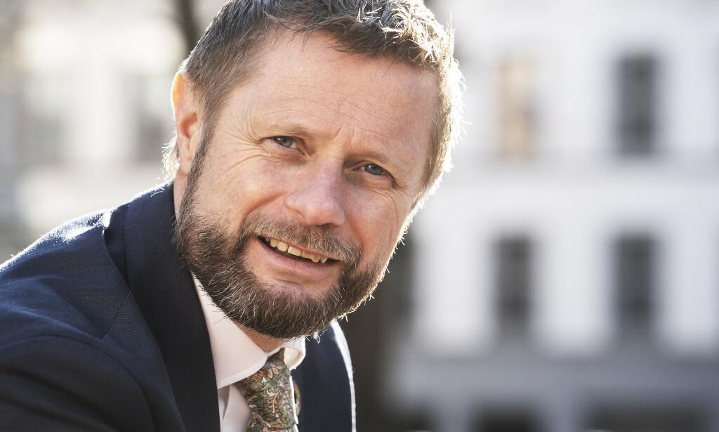 SLÅR TILBAKE: Helseminister Bent Høie (H) mener både Frp og Ap tar feil i sine angrep på ham og regjeringen. Foto: Hans Arne Vedlog / Dagbladet