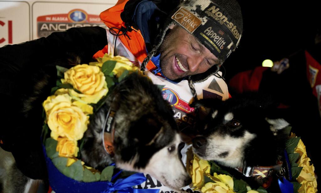 PÅ VEI: Thomas Værner vant Iditarod, men ble sittende fast i Alaska i månedsvis. Foto: Marc Lester / Anchorage Daily News / AP / NTB scanpix