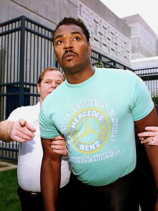 RODNEY KING: Da han ble løslatt fra fengsel. FOTO: AP/NTB Scanpix.