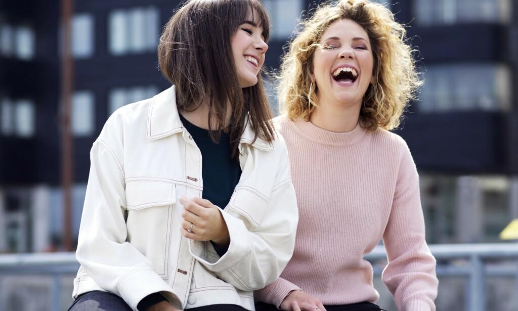 AVSLØRER: Anna Dahlbäck (30) og Amanda Colldén (31) avslører sexteknikkene de fortrekker fra mannens side - og får støtte hos ekspertene. Foto: Gabriel Liljevall