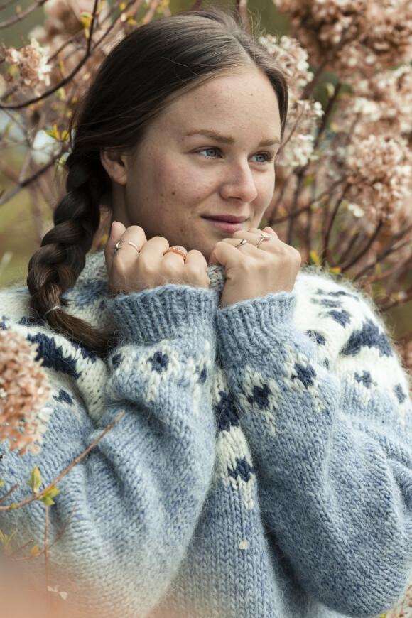 VAR TIDLIG BEKYMRET: - Tanker om framtiden har til nå alltid stresset meg, forteller Åshild. Foto: Astrid Waller