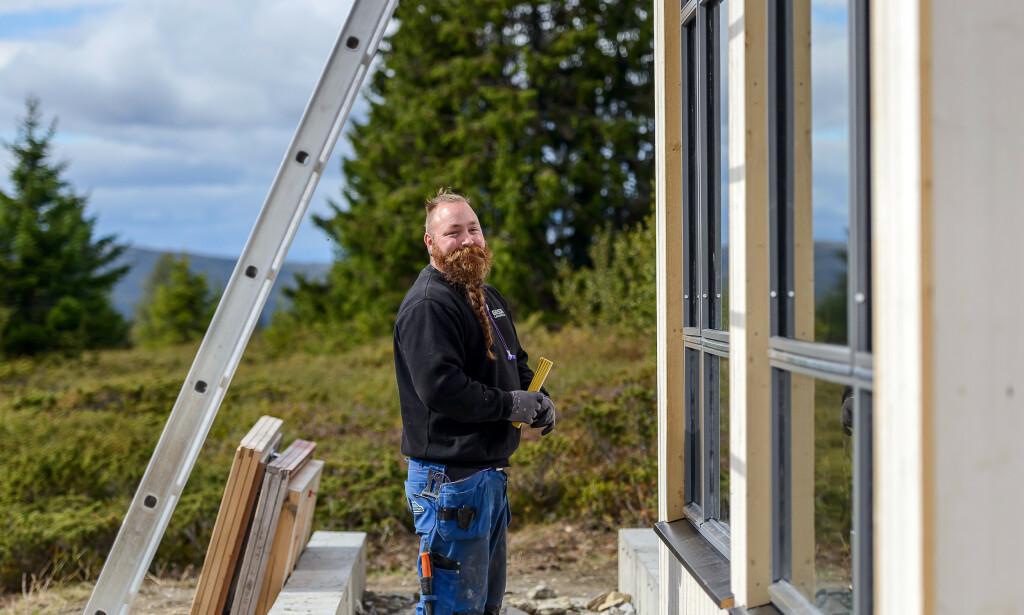 TRYGG KVALITET: Tinde har erfarne byggmestere og håndverkere som sørger for at byggeprosessen går smidig.