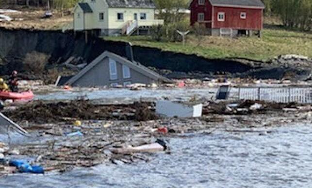 LETEMANNSKAPER: Redningsskøyta RS Vekteren er på vei til stedet. Foto: Redningsselskapet.