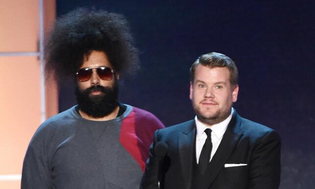 KAMERATER: Reggie Watts gjestet denne ukas «The Late Late Show with James Corden». Her er de sammen under Annual Critics' Choice Awards i 2016. Foto: NTB scanpix