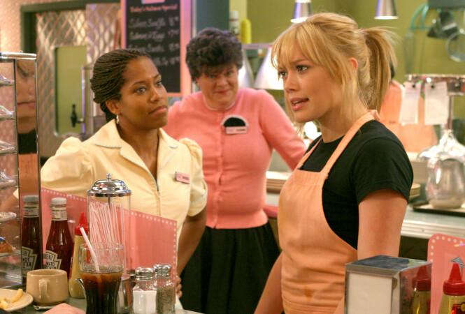MANGE ROLLER: Her var Mary Pat Gleason sammen med Regina King og Hilary Duff i «A Cinderella Story». Foto: NTB Scanpix