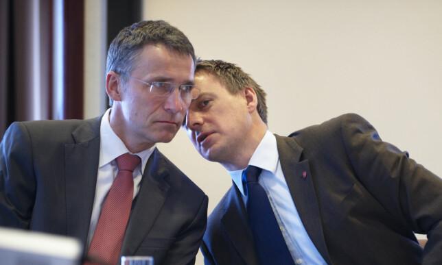 AP-STRATEG: Kjetil Lund fra 2011 da han var statssekretær i Finansdepartementet sammen med statsminister Jens Stoltenberg. Foto: Bjørn Erik Rygg Lunde / Scanpix