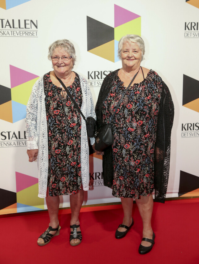 POPULÆRE: Søsterene Gunnel Hyvönen og Maritta Söderström er blant de populære personene i tv-serien «Ullared». Foto: TT/NTB Scanpix