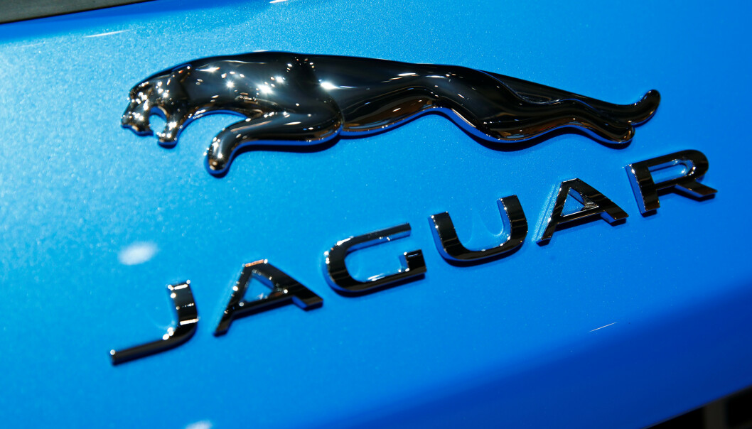 <strong>KRISESTØTTE:</strong> Norske forhandlere av luksusmerket Jaguar får coronastøtte i millionklassen fra regjeringen i år. Foto: Wolfgang Rattay / Reuters / NTB Scanpix