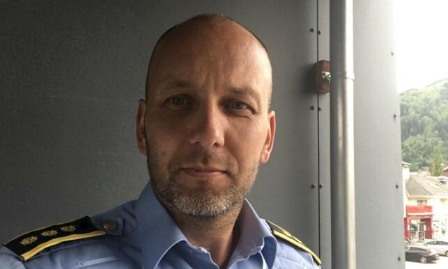 PREGET: Regionlensmann i Sogndal, Magne Straumstein, har vært tett på Christer-forsvinningen i mange år, og forteller at det har preget både politiet og lokalsamfunnet. Nå håper han det kan bli satt et endelig punktum.