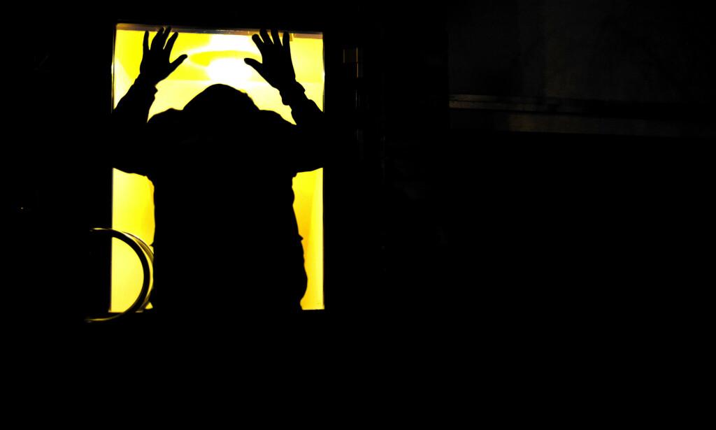 FÅR IKKE HJELP: Både Nav og barnevernet svikter unge på vei inn i voksenlivet, viser nye rapporter. Illustrasjonsfoto: Sara Johannessen/NTB
