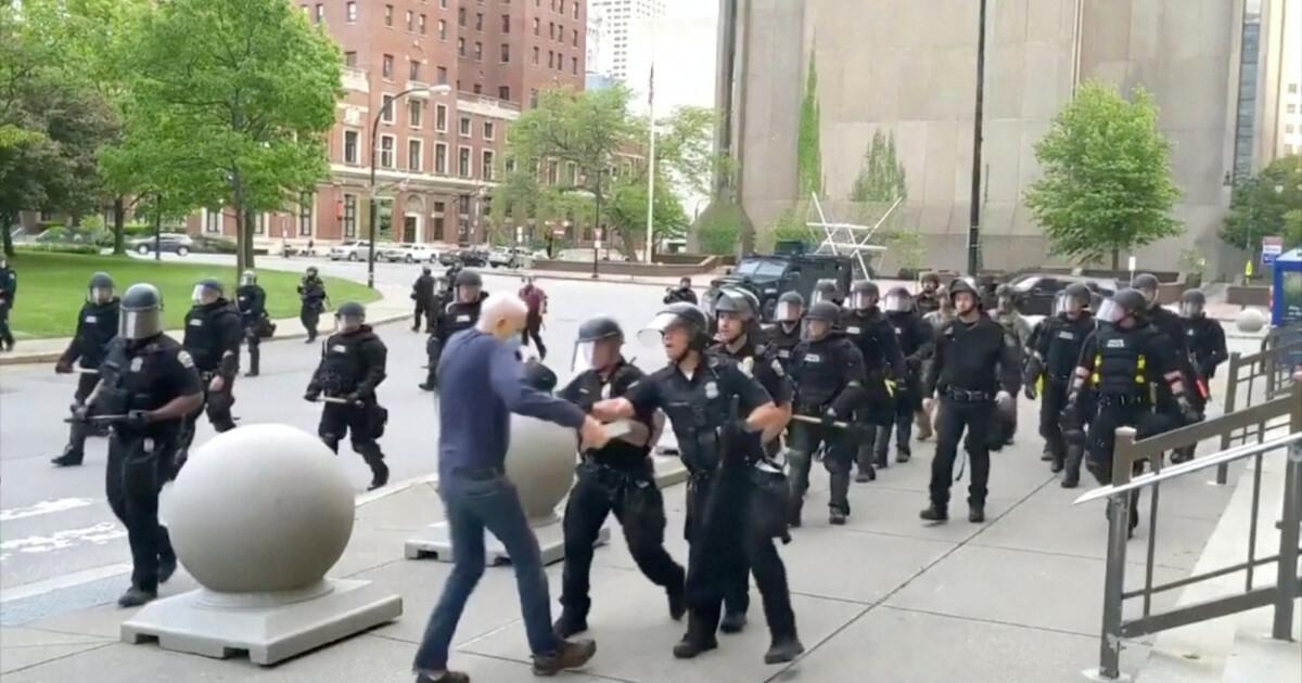 57 politifolk sier opp i protest