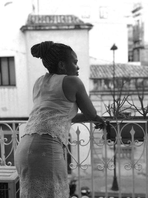 Princess forlot Nigeria og krysset Middelhavet som høygravid i 2015. Hun håper å finne seg en ordentlig jobb og få de to barna sine i Nigeria til Europa. FOTO: Privat