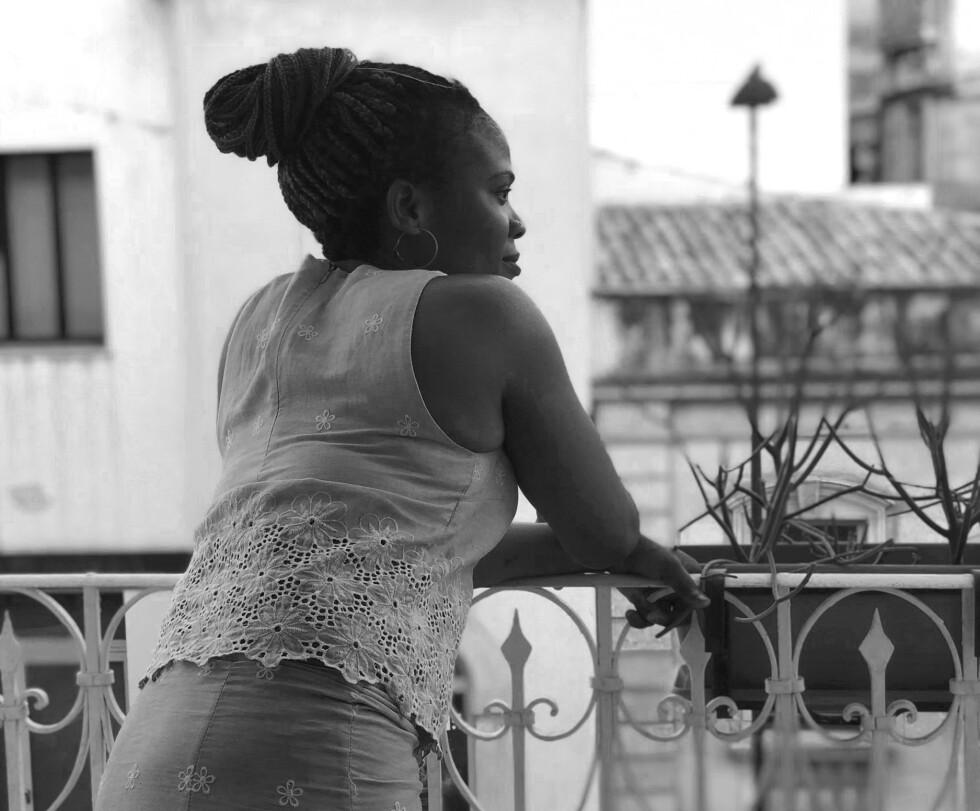 30 år gamle Princess er migrant fra Nigeria og ble reddet da hun krysset Middelhavet som høygravid. I dag bor hun på Sicilia med sin fire år gamle sønn, King. Sosialantropolog Sine Plambech forteller hennes historie. FOTO: Privat