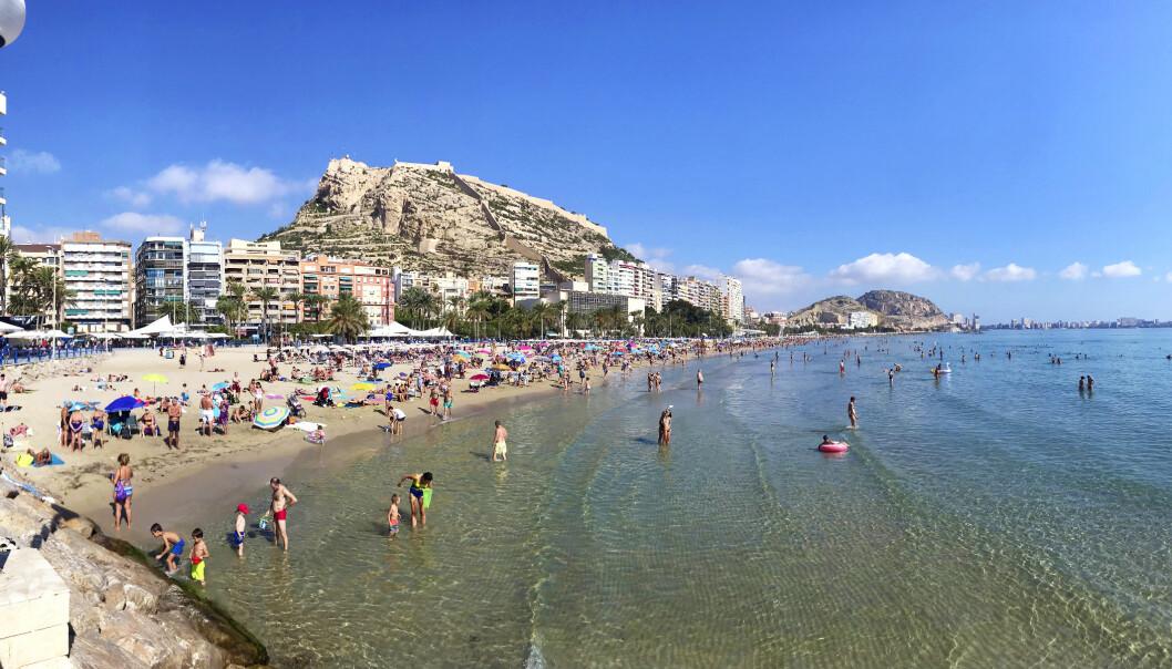 POPULÆRT: Alicante og de omkringliggende områdene er svært populært blant nordmenn. Lørdag forsøkte flere å komme inn i Spania via byens flyplss, men ble sendt hjem igjen. Foto: Dagbladet