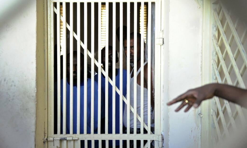 TRANGT: Den 54 år gamle norske statsborgeren deler nå celle med fem andre menn. Foto: Tony Karumba / AFP
