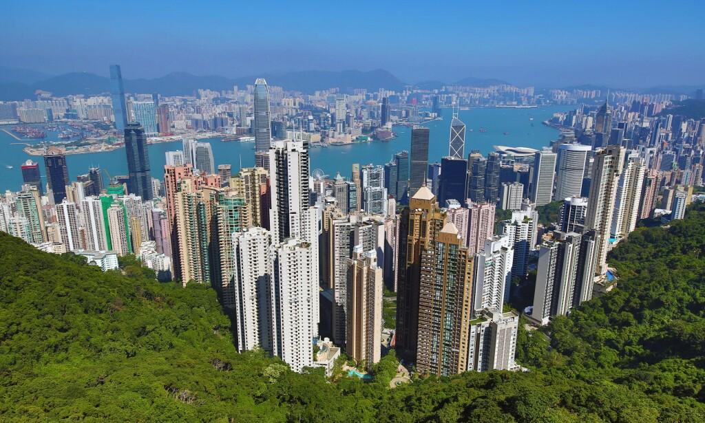 DYREST: Hongkong havner igjen på toppen av lista over verdens dyreste byer å bo i. Foto: Paul Brown / REX / NTB Scanpix