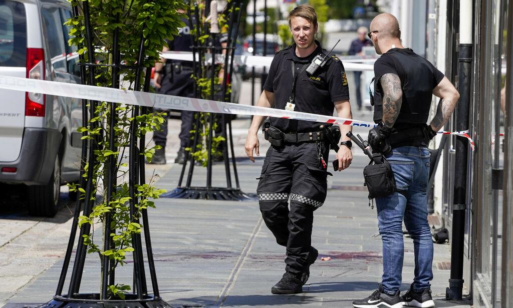 image: Døde etter knivstikking: Politiet har video av hendelsen