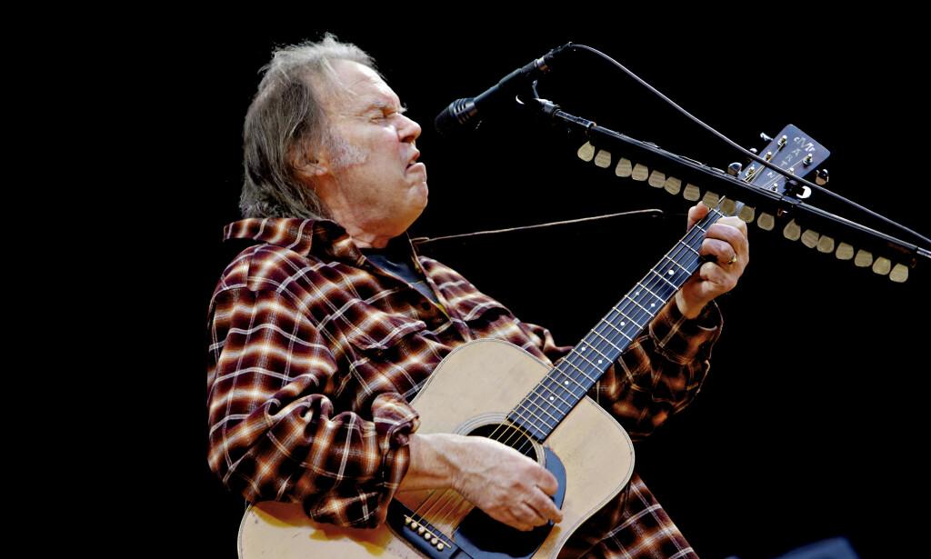 NYTT ALBUM: Neil Young, her på Norwegian Wood-festivalen i 2009, gir ut «nytt» album , 45 år etter at det ble spilt inn. Foto: Lars Eivind Bones / Dagbladet