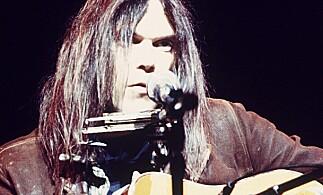 NYSKILT: Neil Young var nyskilt da han spilte inn «Homegrown» i 1974 og 1975. Foto: NTB Scanpix