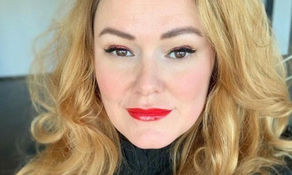FRIVILLIG BARNLØS: Komiker Trine Lise Olsen har vært åpen om at hun ikke ønsker egne barn. Foto: Privat