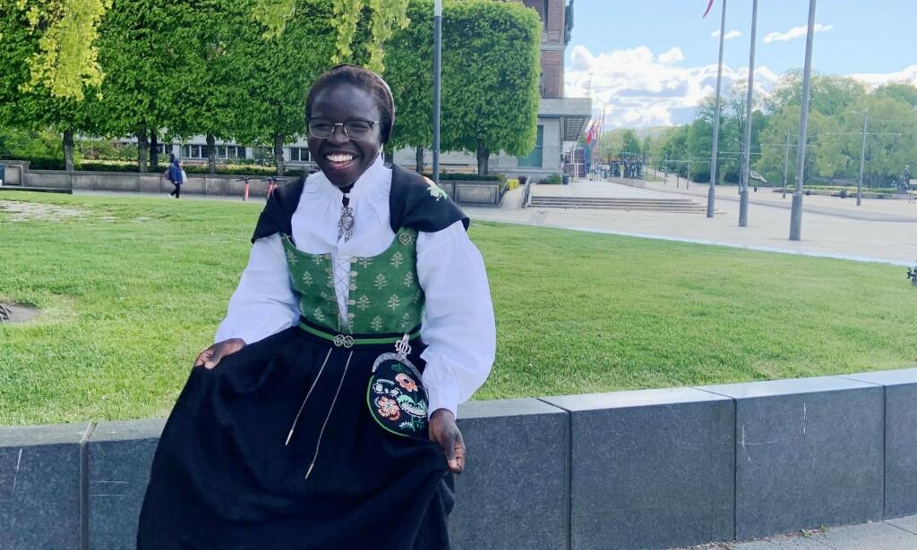 OPPGJØR: Norges beste kvinnelige bryter, Grace Bullen, tar et oppgjør med rasisme etter å ha blitt spyttet etter fordi hun gikk med bunad. Foto: Privat