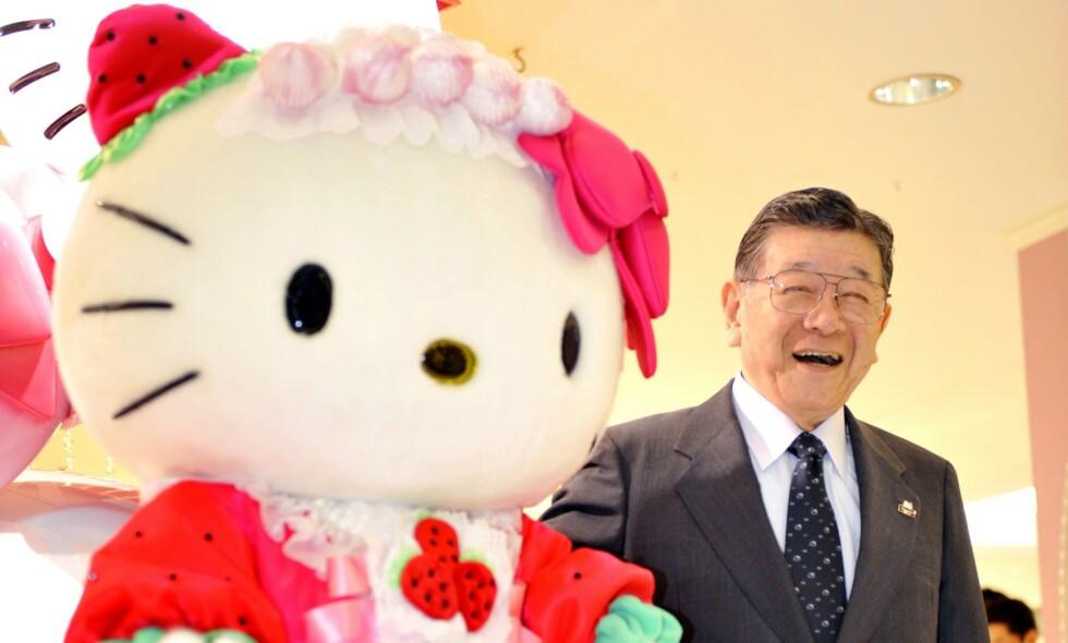 92 ÅR: Skaperen av den populære kattefiguren går nå av med pensjon - etter 50 år som leder for selskapet Sanrio. Foto: NTB Scanpix