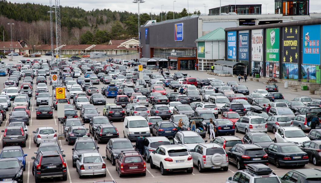 <strong>SVINESUND:</strong> Et fullpakket Nordby kjøpesenter en marsdag i 2017. Foto: Audun Braastad / NTB scanpix.