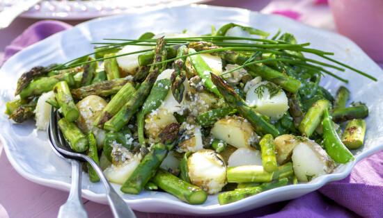 Potet- og aspargessalat (4 porsjoner)