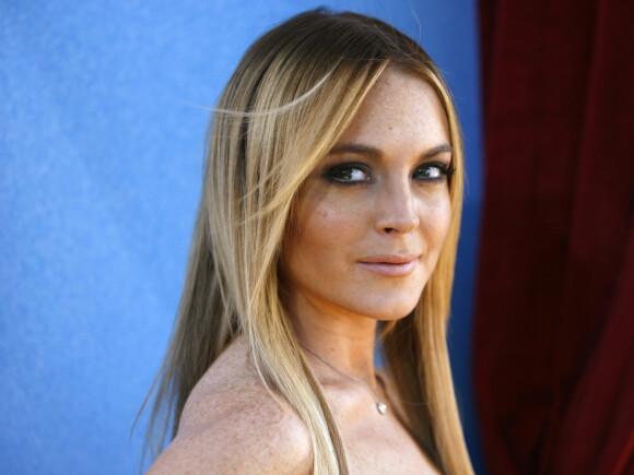 UVENTET BESØK: Lindsay Lohan hevder at Harry Styles kom og banket på døra hennes om natten. FOTO: NTBScanpix