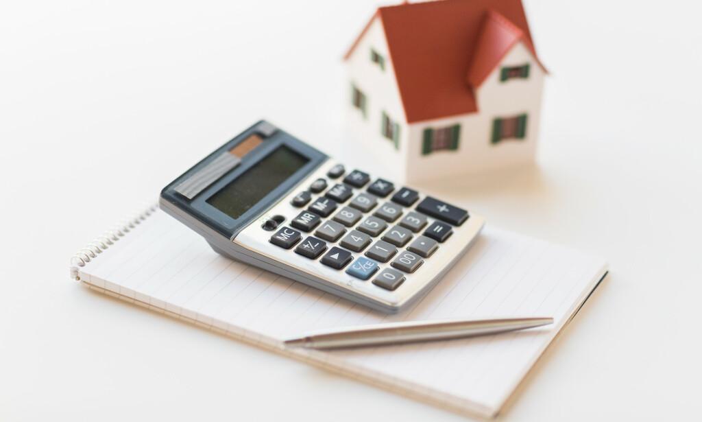 NY REGNING: Mange har mottatt boligskatteregninga for 2020. For noen har den gått ned, men for andre går den derimot opp. Foto: NTB scanpix