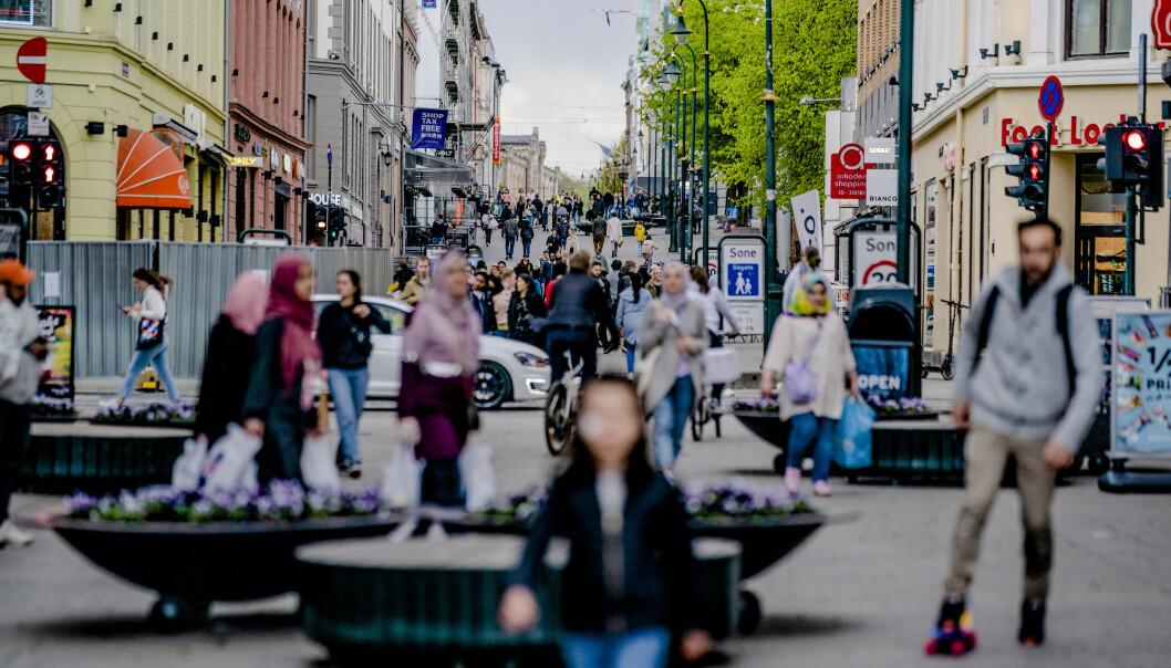 Små sosiale ulikheter og en godt utbygd velferdsstat har trolig bidratt til at Norge har relativt få koronadødsfall, mener pandemiforsker Svenn-Erik Mamelund. Foto: Stian Lysberg Solum / NTB scanpix