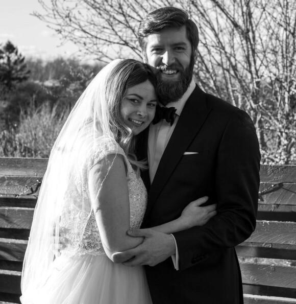 MANN OG KONE: 21. mars 2020, på hennes 29-årsdag, ble Anne Smidt og Franz Posch mann og kone. De var gift i litt over to måneder, før Anne sovnet inn 3. juni 2020. FOTO: Mads Due Egeslund